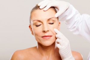 facelifting cosmetic surgery in Bangkok Thailand abroad
